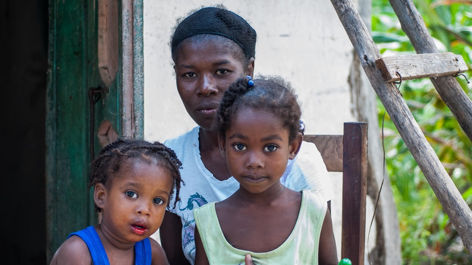 Help family living in need.
