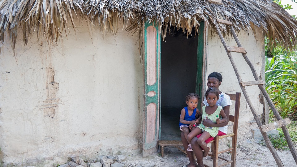 Give hope to family living in poverty.