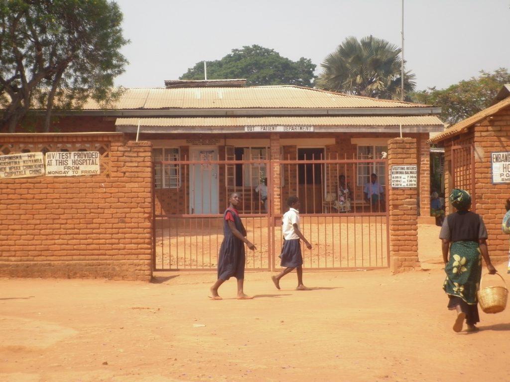 Embangweni Hospital Dr. Pardo with PIH health residency