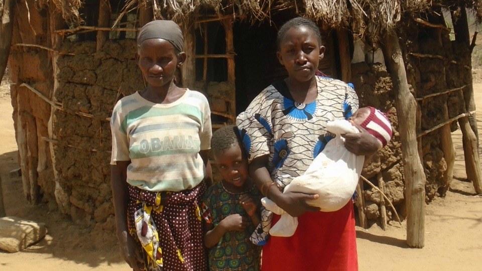 Kalumu with her family