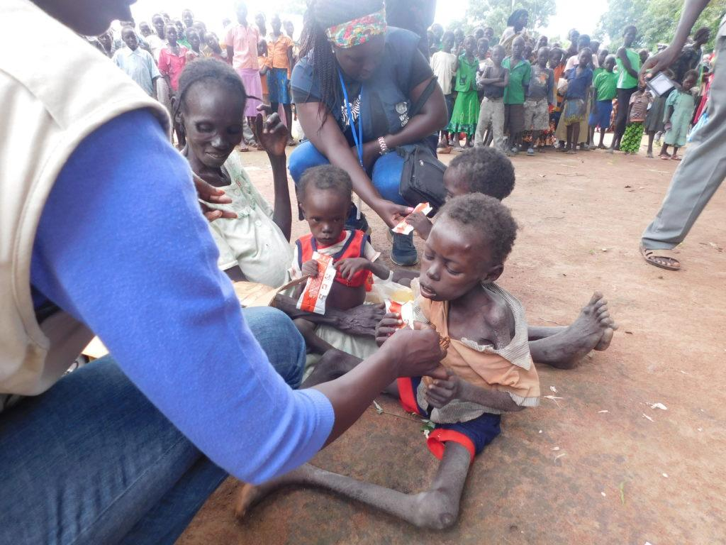 Sami receives emergency food relief as part of rapid relief efforts IOM CMMB.