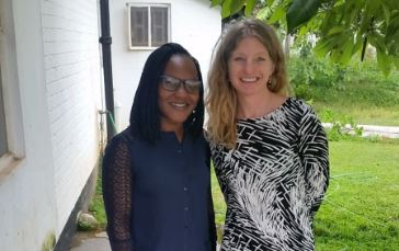 Heidi West and volunteer Erica in Zambia at Mwandi Mission Hospital