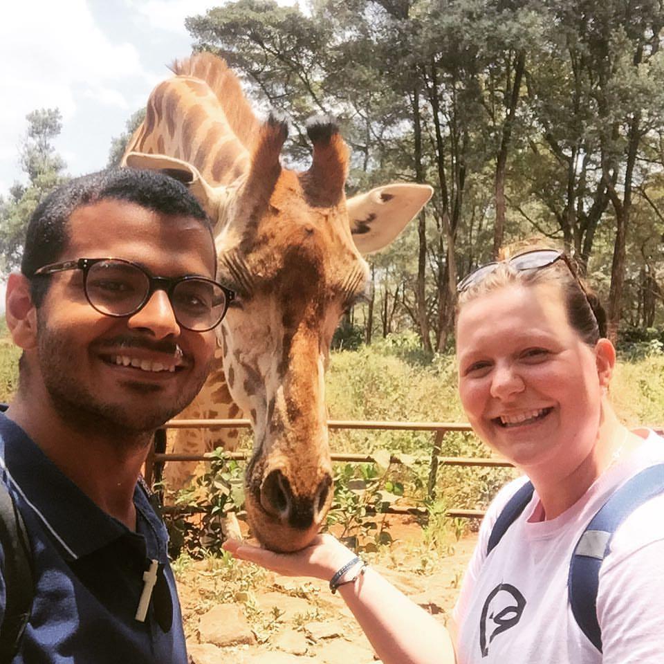 Laura feeding a giraffe in Kenya