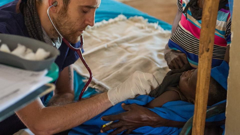 Dr. Matthew Jones is an UK trained doctor serving in South Sudan. Learn more about volunteer doctors at CMMB or the physician volunteer opportunities at CMMB