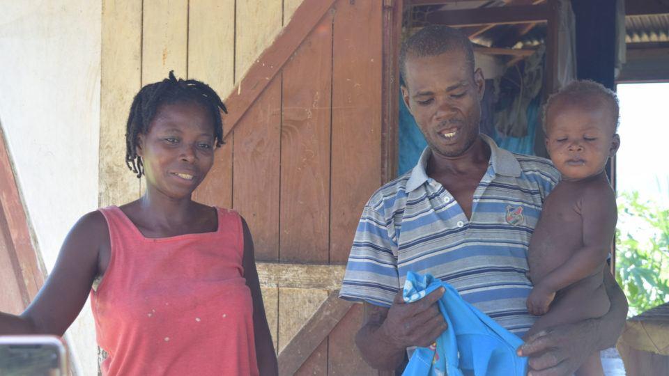 Asonet's parents at home