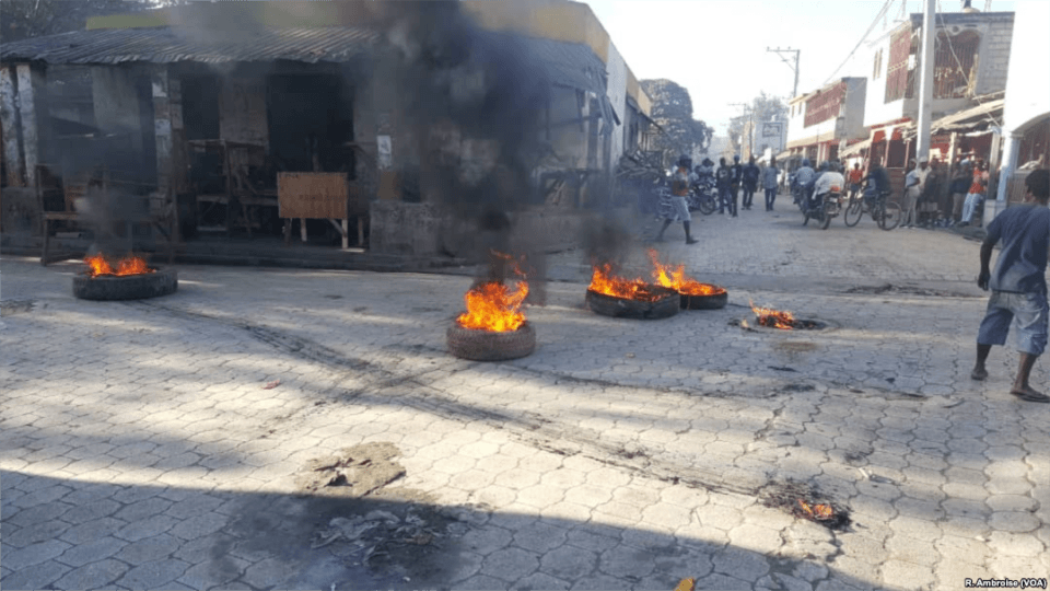 Image of tires set ablaze during the 2019 protests in Haiti