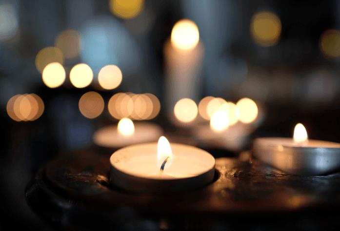 Tea light candles lit