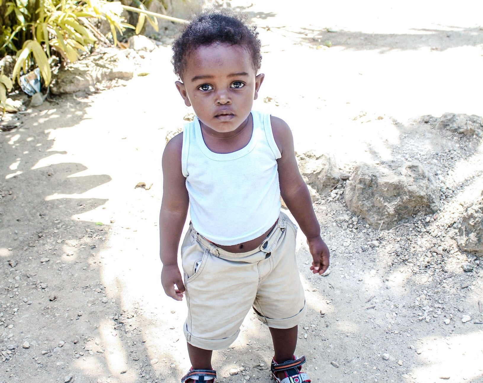 child in a batey