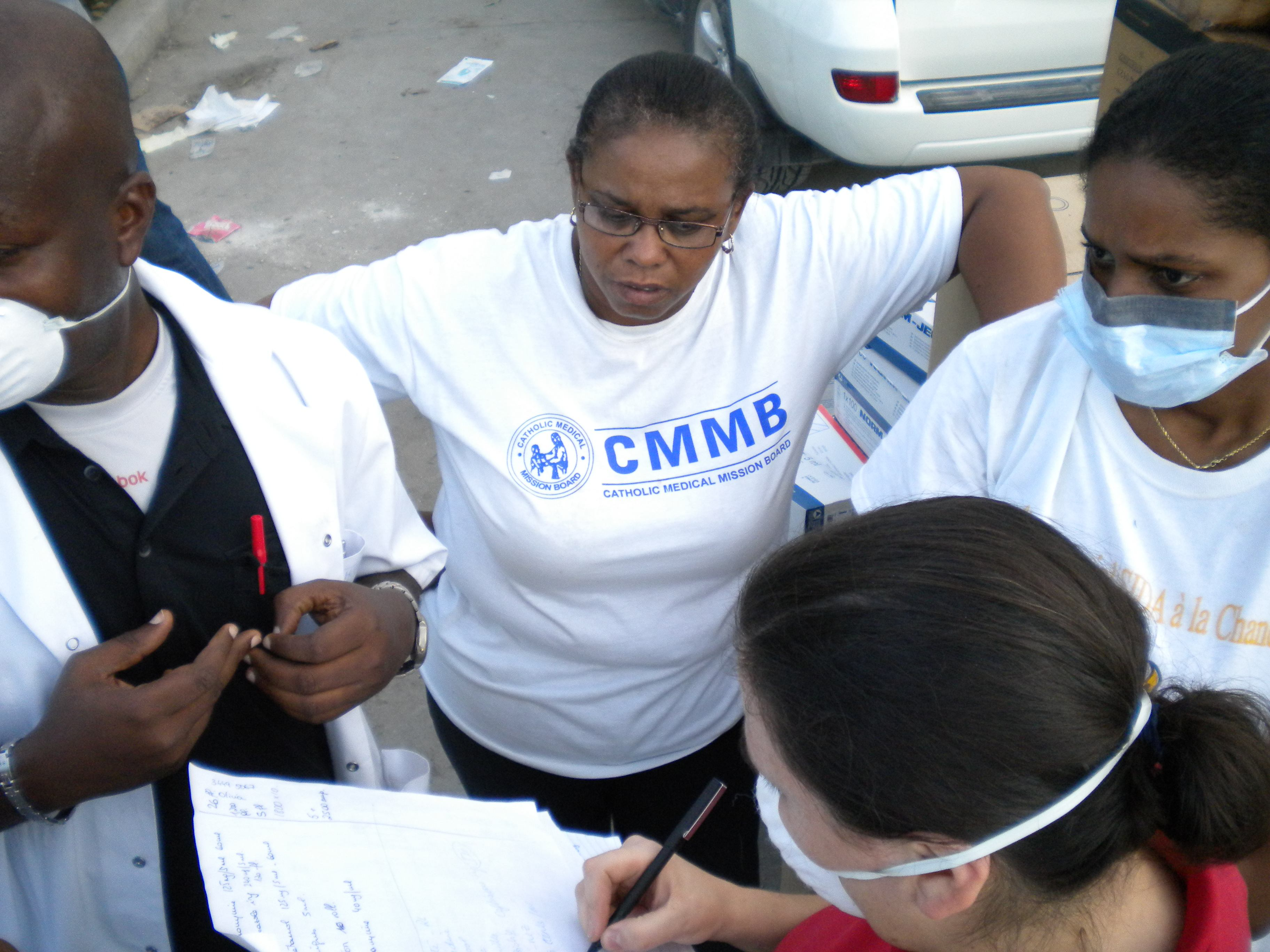 Dr. Dianne during the 2010 earthquake in haiti