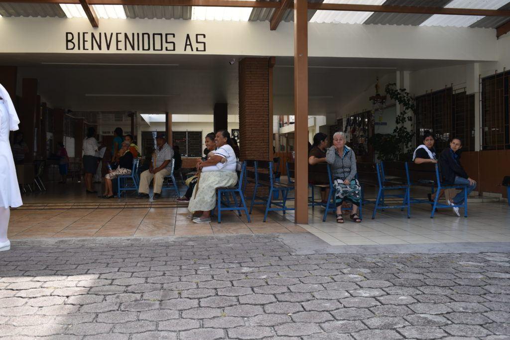 patient waiting area el salvador