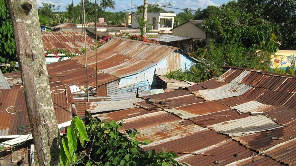 Los Guandales Slums