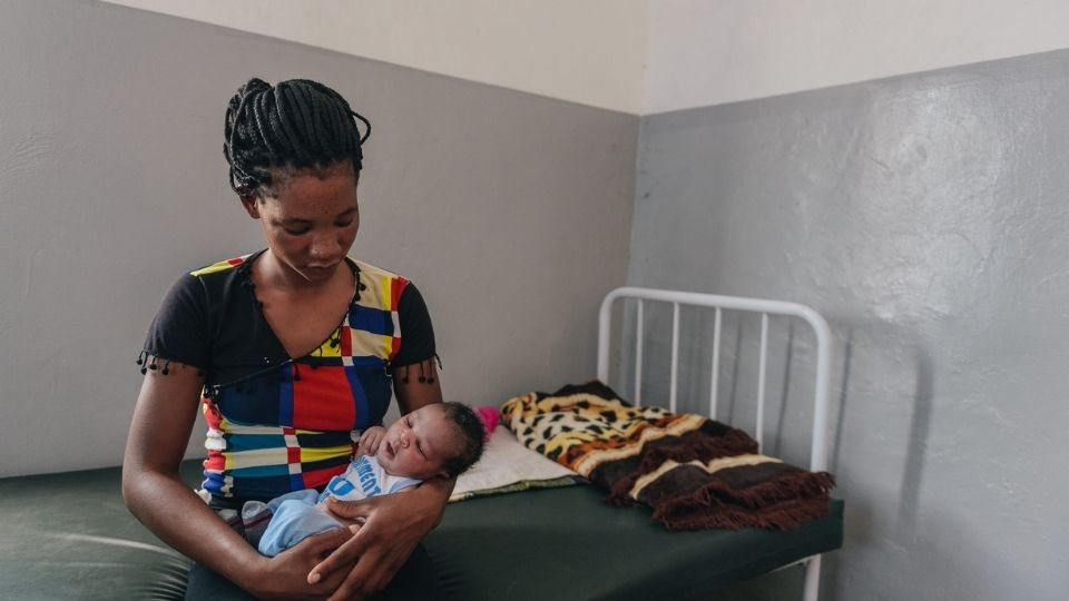 Mother and Child at the Mwandi Mission Hospital_Zambia