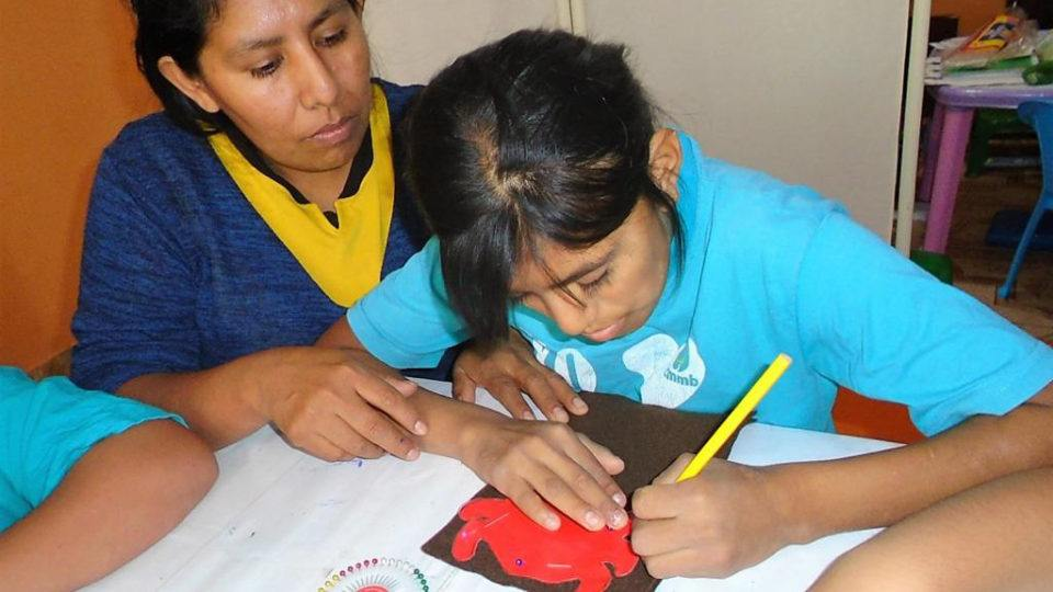 Andrea and her special needs daughter Leslie making crafts as part of an entrepreneurship workshop in Peru 2021.