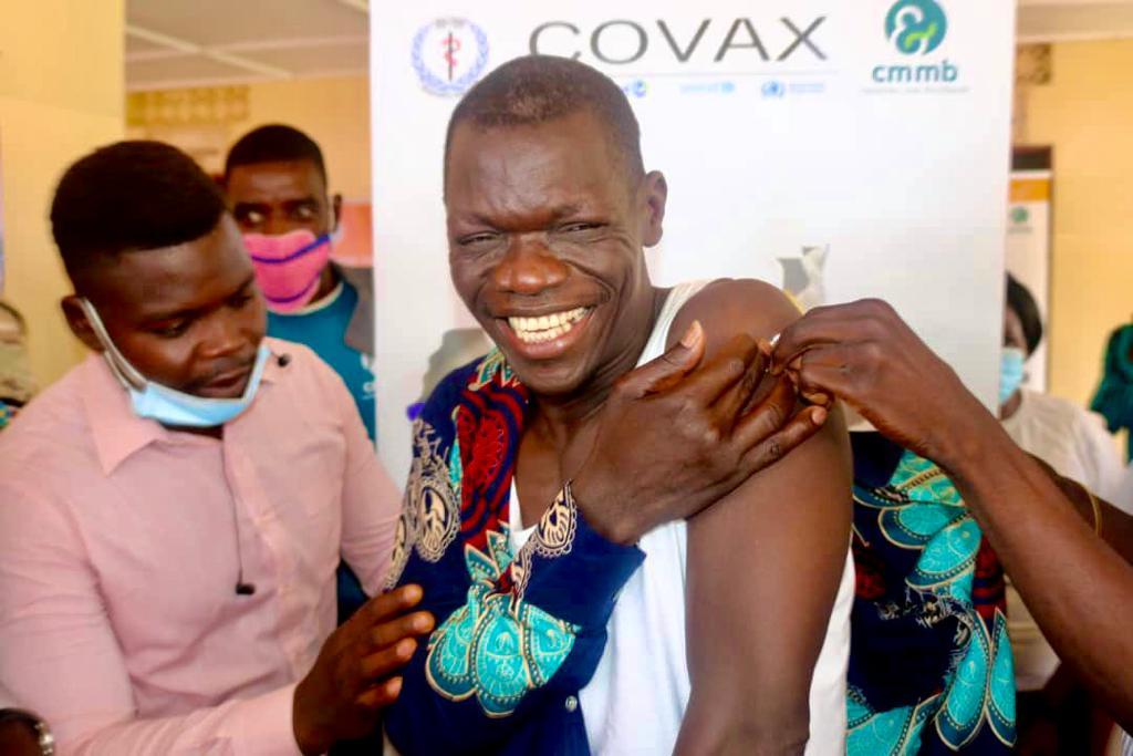 CMMB South Sudan began administering COVID-19 vaccines in Yambio in June 2021.